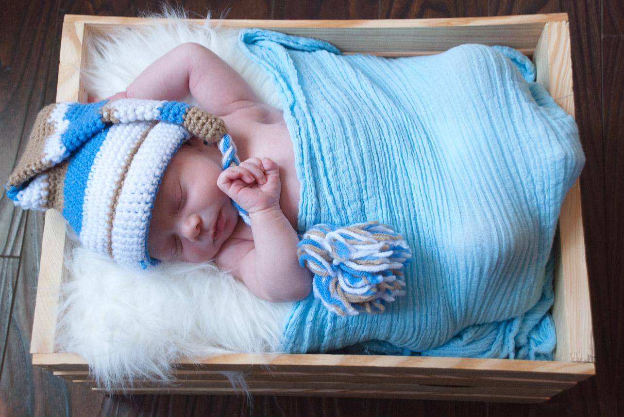 Baby Boy Sleepy Hat Wooden Crate
